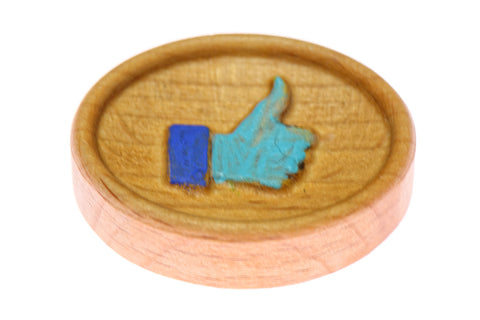 Like Thumb Painted Carved Magnetic Needle Minder