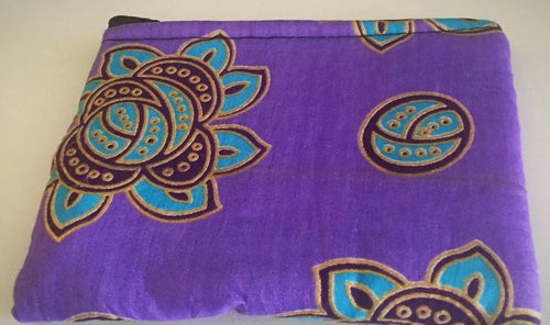 Medium purple flower purse