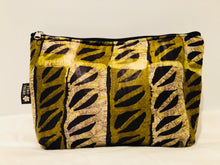 Large safari impala essential oil travel bag (10 pockets)