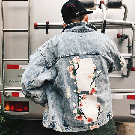 Destroyed knot denim jacket