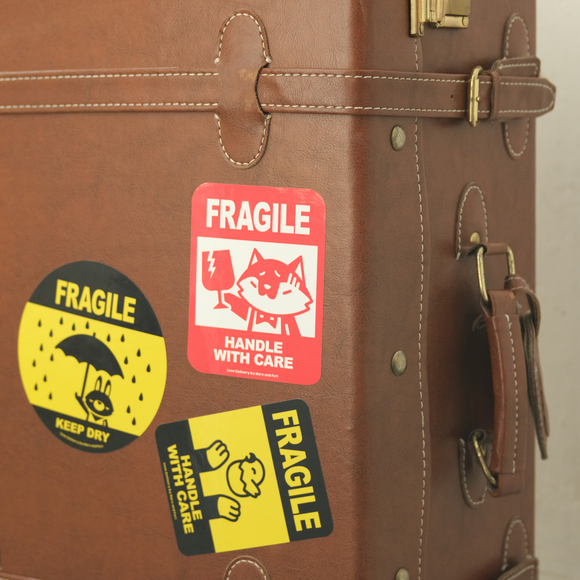 3M Waterproof Luggage Sticker / Fragile, Handle Love Delivery with Care 3M防水行李貼紙 / 小心輕放 Love Delivery