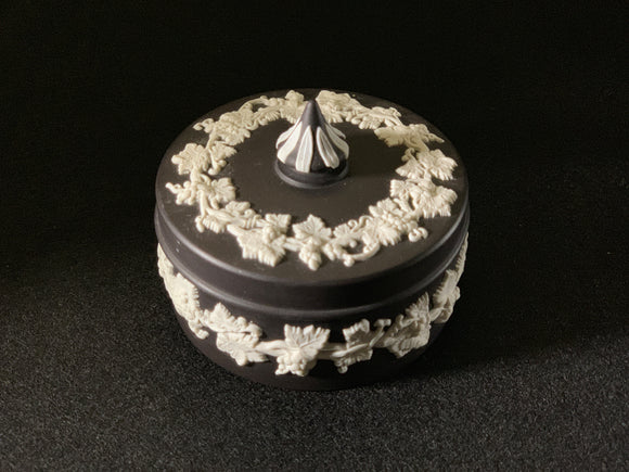 Duo Color Solid Black and White Relief Jasperware Round Shaped Ring Box