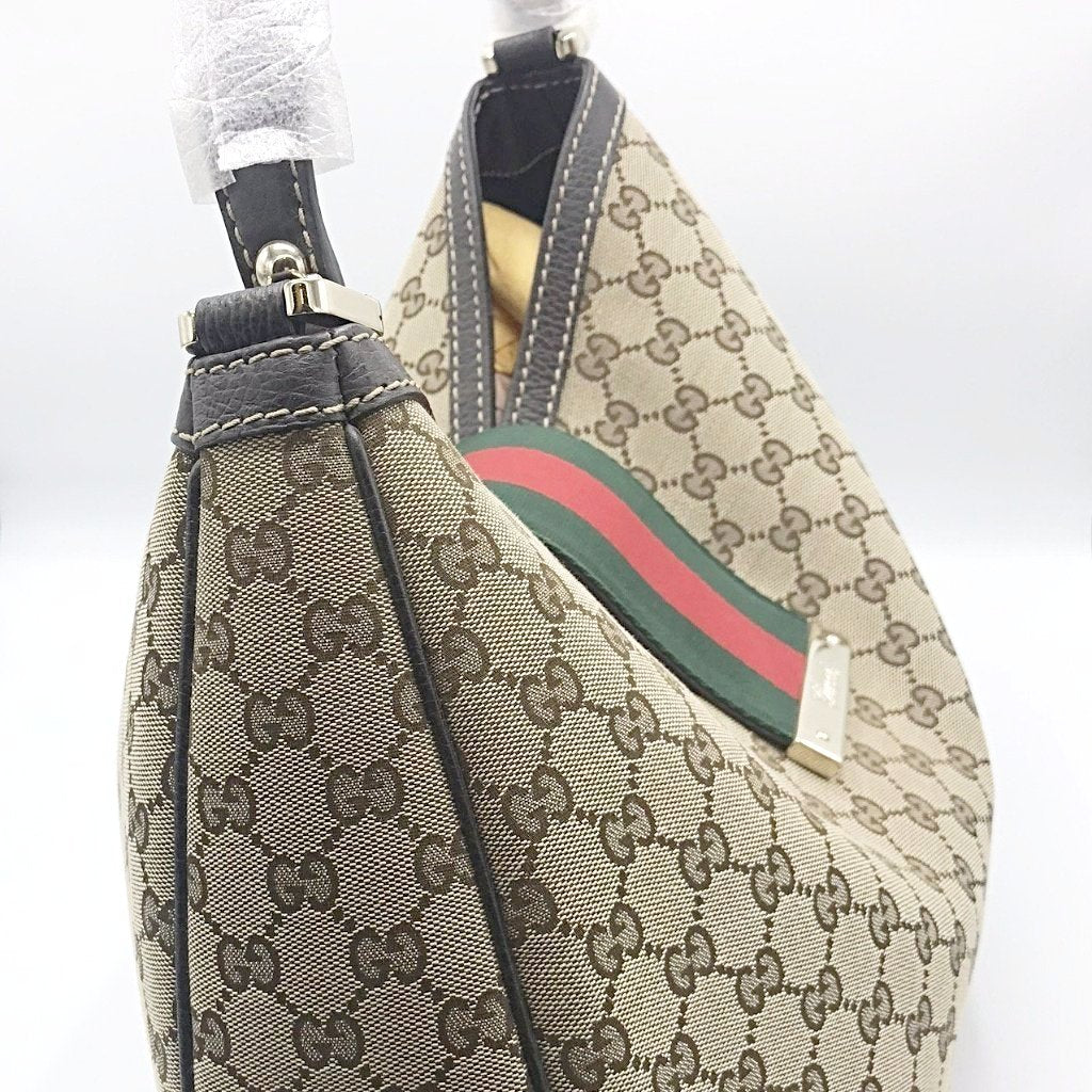 f06b4ef3ce6 ... Gucci Monogram Canvas Large Hobo Tote - CHIC Kuwait Luxury Outlet ...