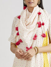 Load image into Gallery viewer, IVORY PRINTED SCARF W/ PINK TASSELS