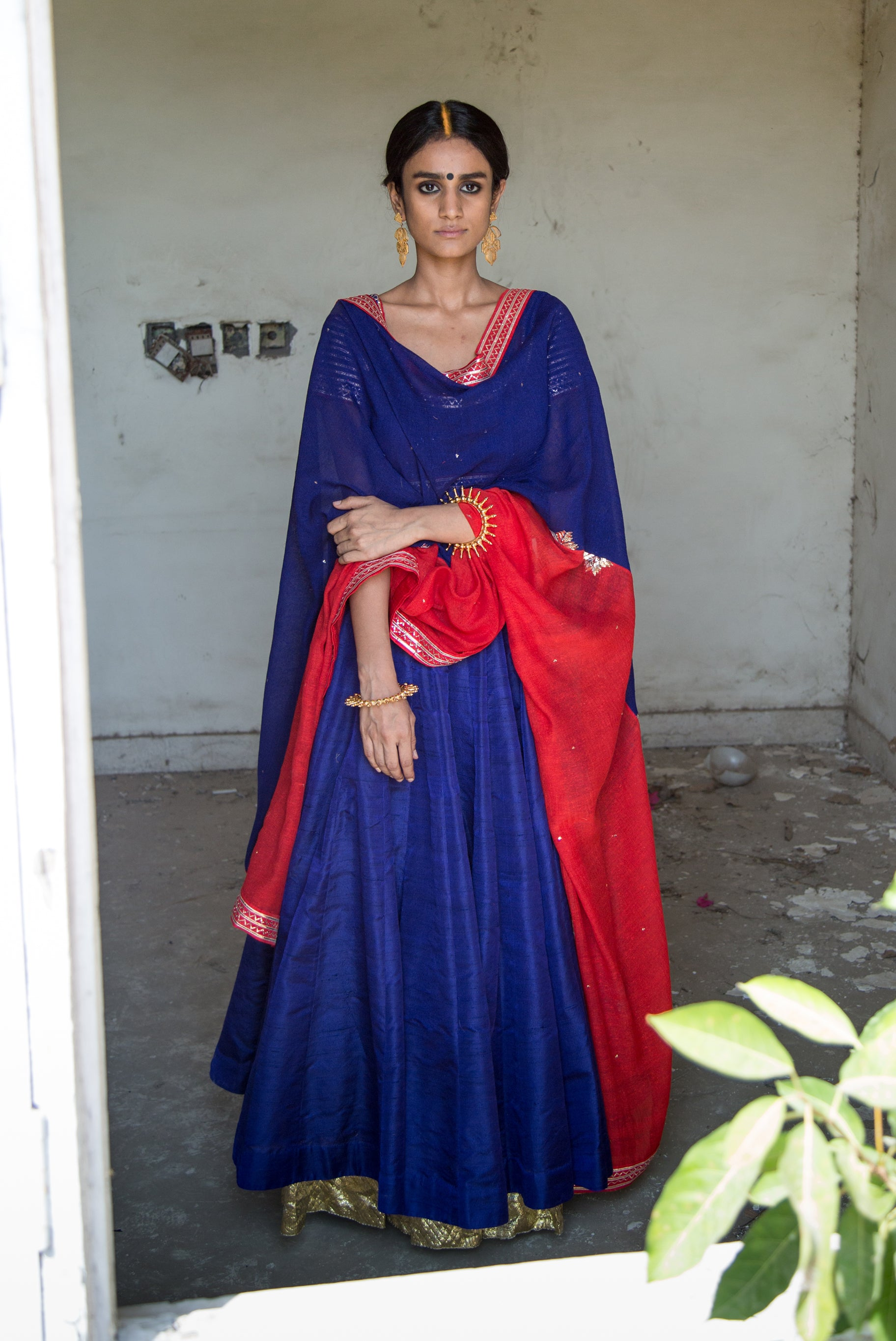 MUKAISH RAW SILK LEHENGA SET
