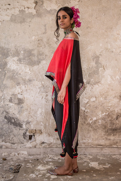 COLOR BLOCKED CAPE & DHOTI SET