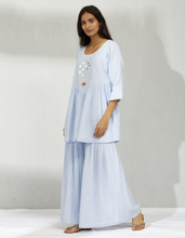 Load image into Gallery viewer, COTTON CHAMBRAY MIRROR KURTA