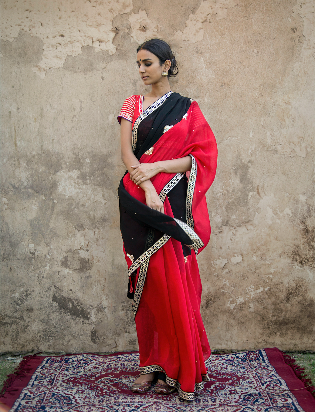 RED & BLACK MUKAISH SAREE