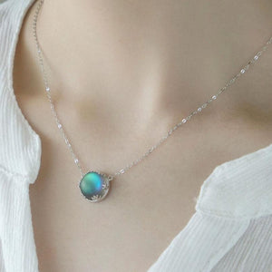 AURORA BOREALIS NECKLACE - Big Red