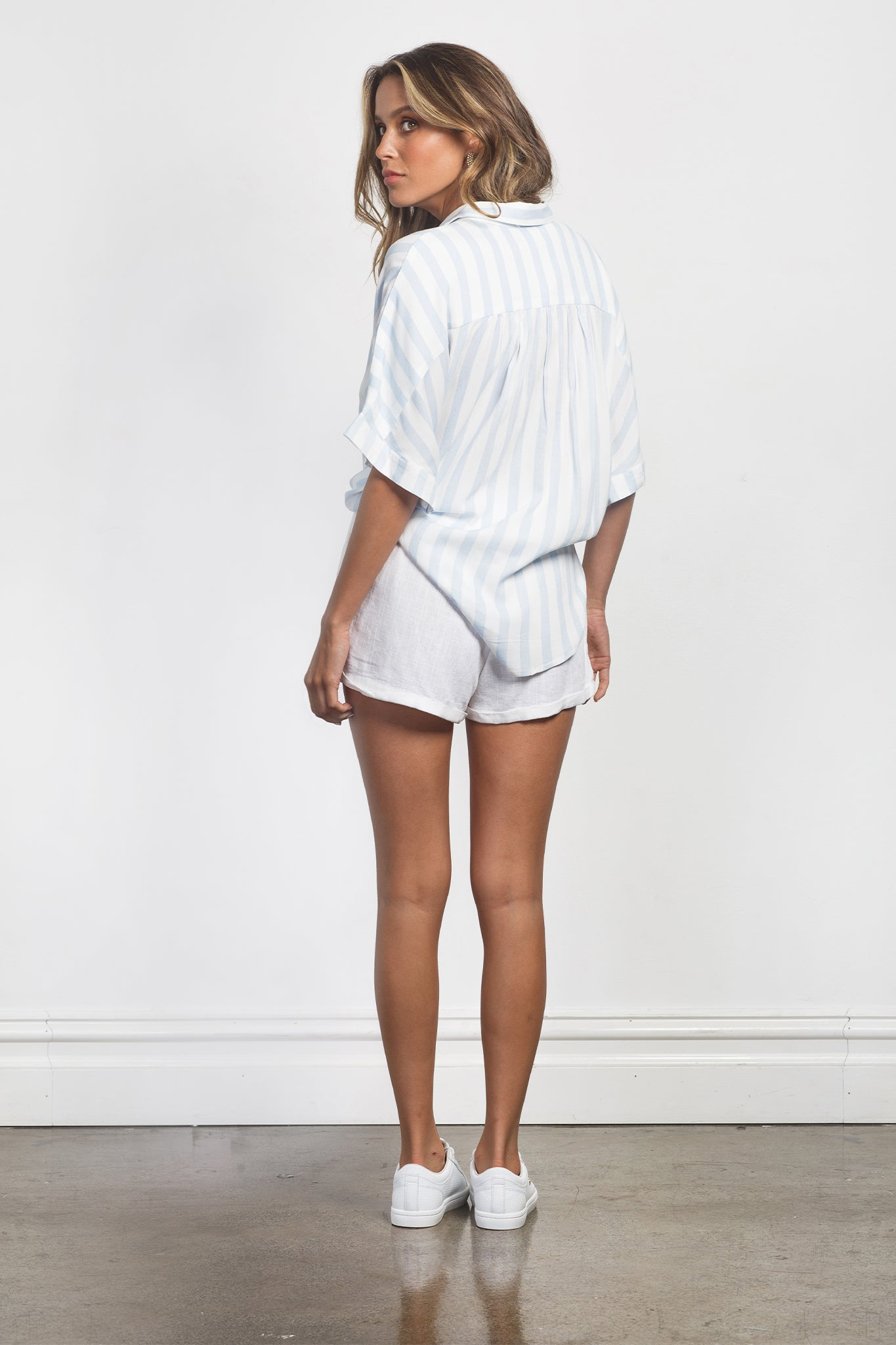 ARIA SHORTS - WHITE