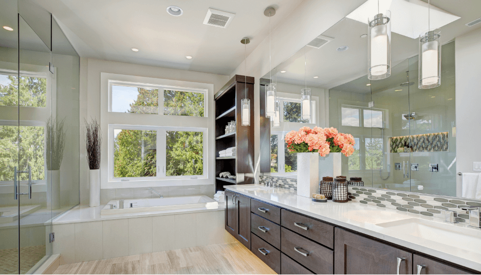 Elegance supreme master bathroom: Elegance, class, and luxury are precisely what this dream master bathroom is all about.