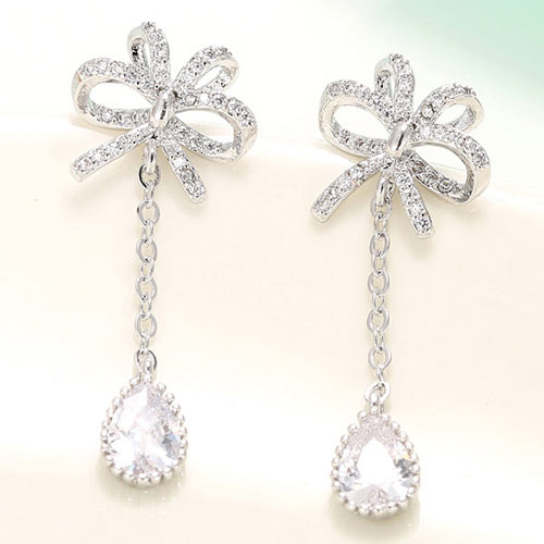 Exquisite Silver Diamond& Waterdrop Earrings