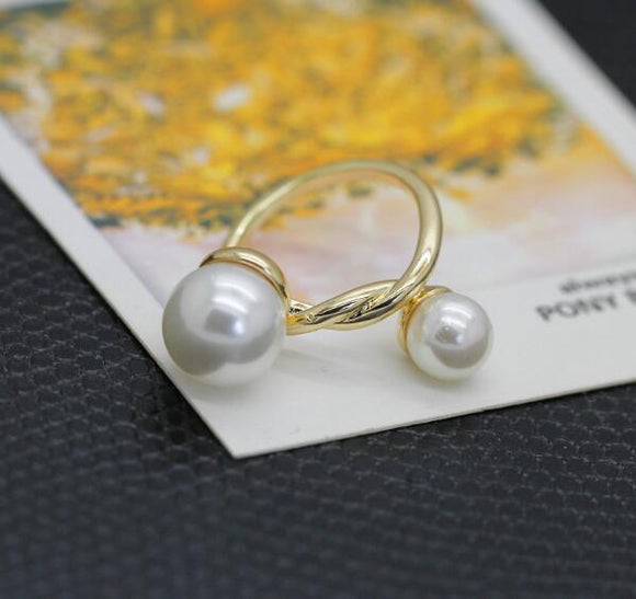 Double Tied Pearls Rings