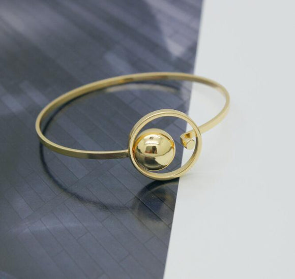 Golden Ball Fashion Bracelet - Crateen