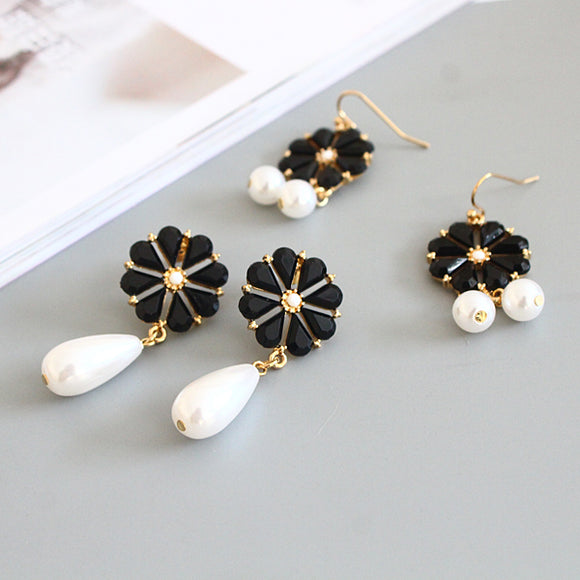 Elegant Design Earrings