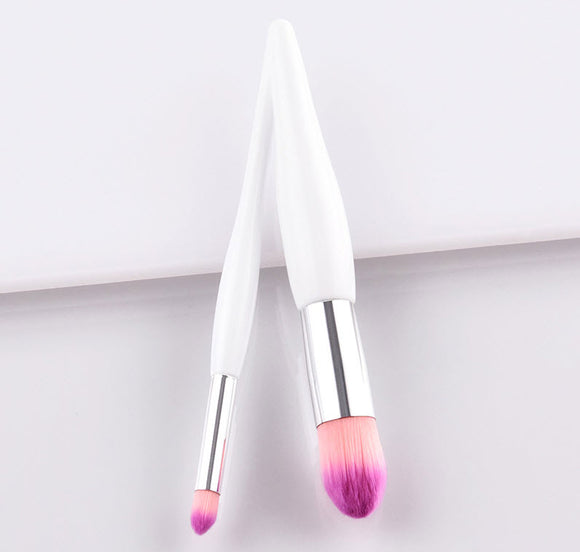 Plum Red Round Makeup Brush - Crateen