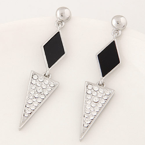 Black Long Traingle Earring - Crateen