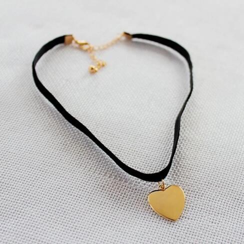 Gold Heart Necklaces - Crateen