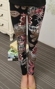 Black Flowers  Leggings - Crateen