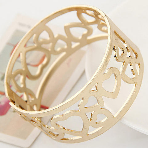 Gold heart bracelet for women