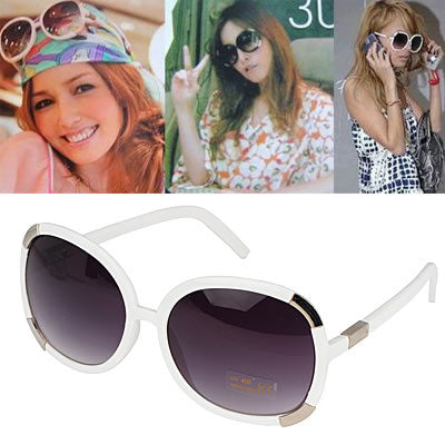Retro Metal V Shape Women Sunglasses