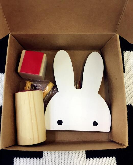White Rabbit Hanger - Crateen