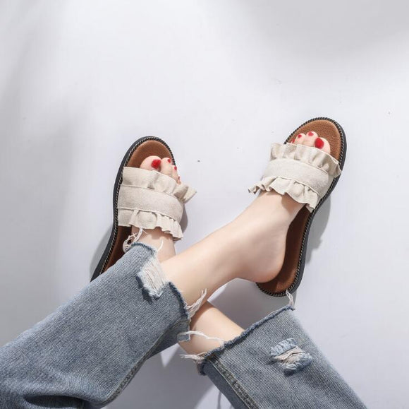Creamy Cloth Flat Shoes