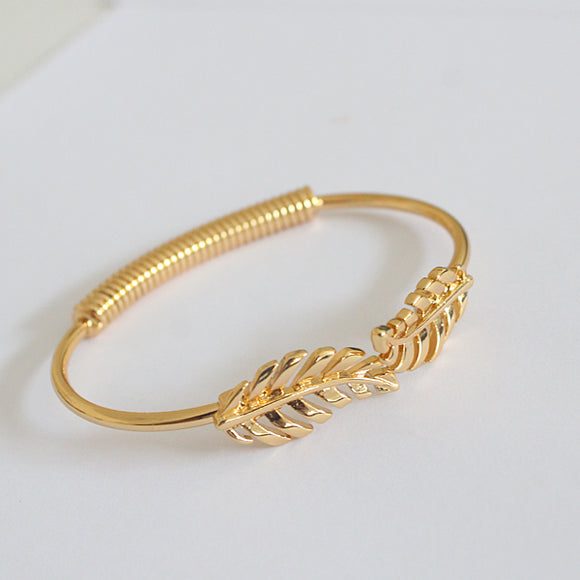 Golden Leaves Bracelet