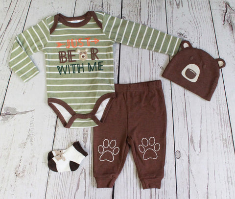 "Baby Mode infant boy's 4 piece set - ""Bear with Me"""