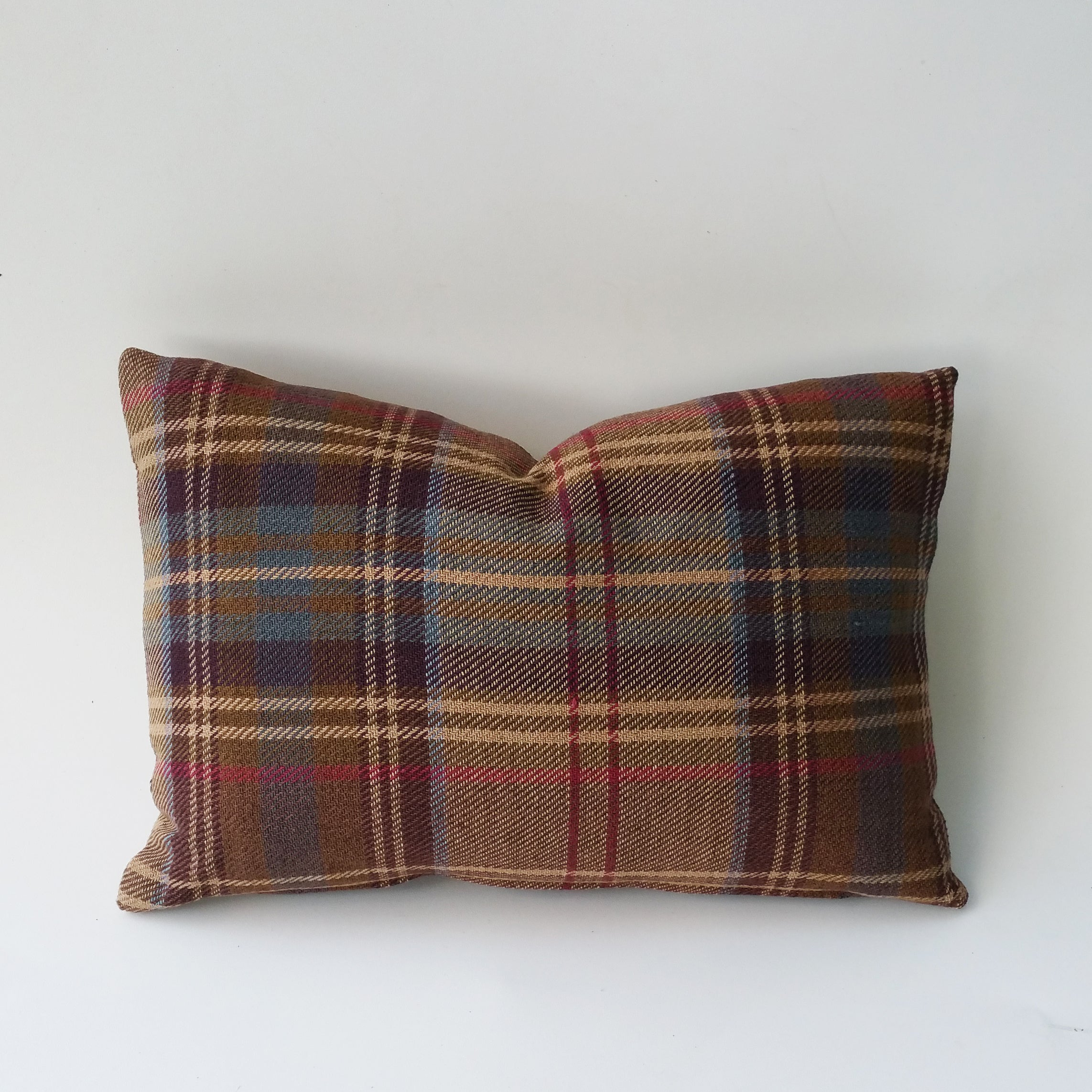 The Ralph Lauren Brookhill Plaid pillow cover works easily from the sofa, to bed, kids room to game room or office to den.