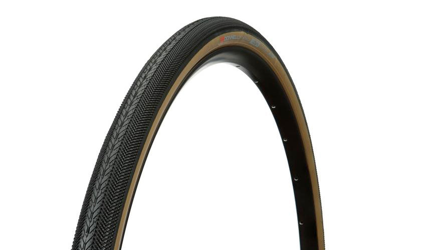 Strada USH 650b X 42 - Tubeless Ready - Tan Sidewall