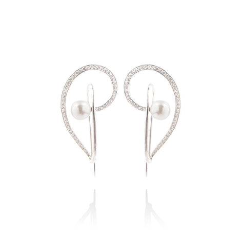 m2l musical pearl earring in sterling silver
