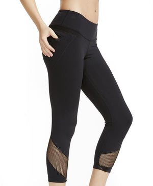 Edge Capri: Black