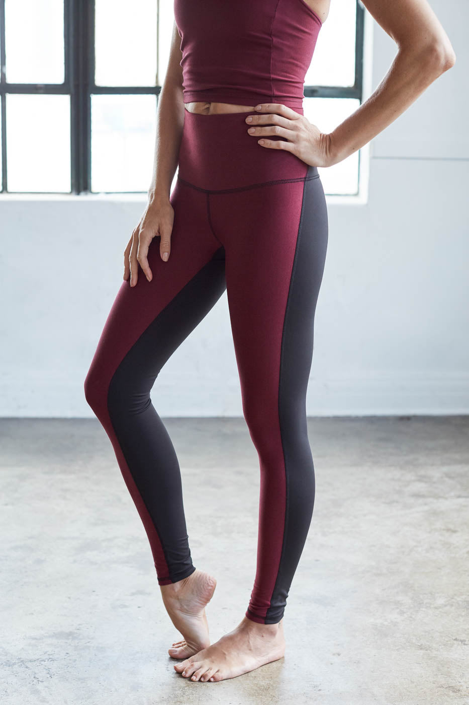 Movement Tight: Burgundy Heather