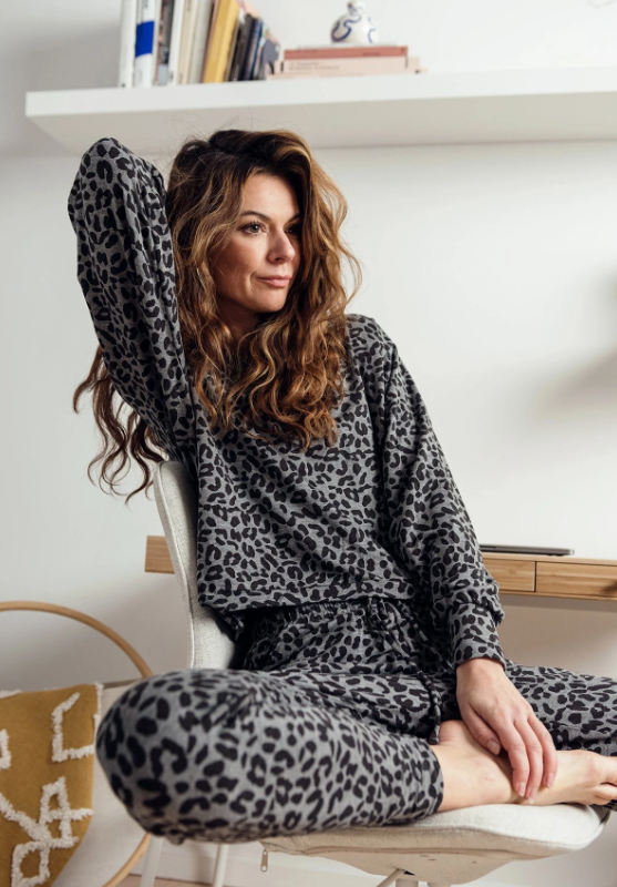 Lounge Sweatshirt: Grey Leopard