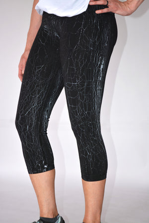 High Waist Crackle Capri