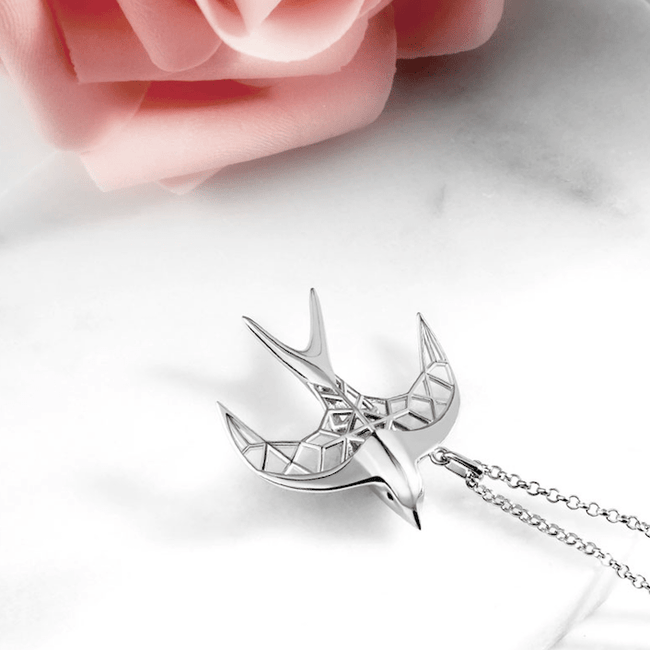 Customizable 3D Printed Swallow Pendant Necklace