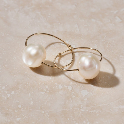 LUNA PEARL SLEEPER GOLD HOOP EARRING - FANCI ME
