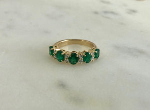 Emerald Eternal Ring