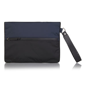 Blue La Pochette waterproof large No Excuses kit bag for sport or fitness studio wear. Lightweight stylish design made sustainably from recycled material with antibacterial and deodorising.