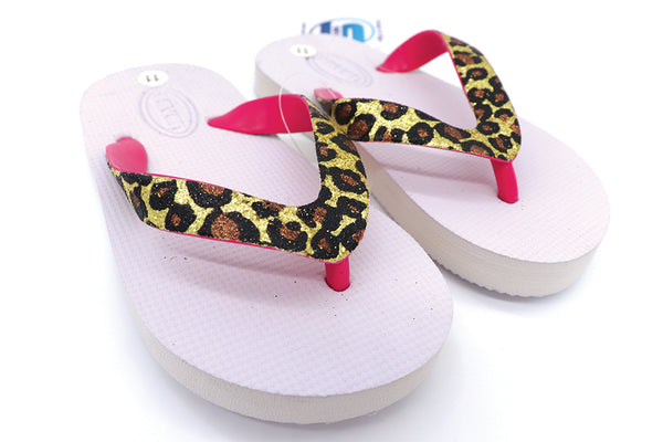 Girls sandals flip flops white with cheetah pattern for everyday wear indoor or outdoor. Home shoes thong sandals for kids or beach, pool, lake, and or summer. Comfy shoes. Sold by SDTrading Co.