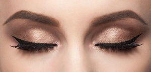 Perfect Eyeliner Wing Stamp
