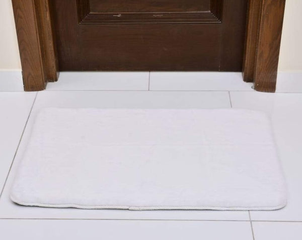 Anti-Skid Fluffy Memory Door Mat 2440 ( 60 x 90 Cm) - White