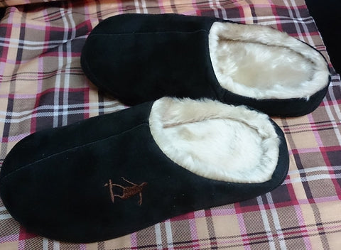 Furry Plush Adult Shoes Slippers ___ Black color ___ 28cm