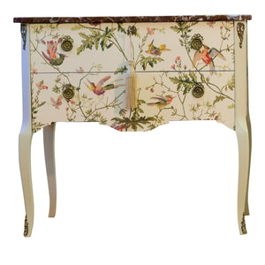 Hummingbird Louis XV Style Chest (Single) (DaVinci)