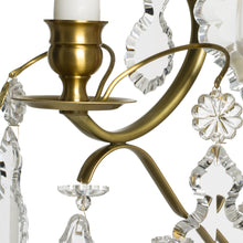 Rococo wall sconce in brass with pendeloque shaped crystals (width 32cm/13 inches)