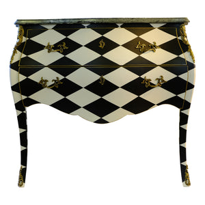 (101) Harlequin Commode (DaVinci)