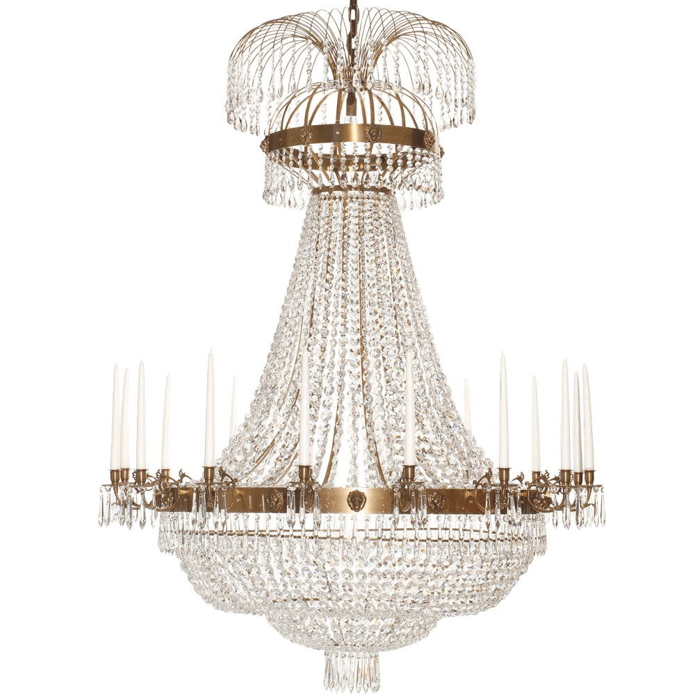 Light brass Empire chandelier with 16 arms and crystal octagons