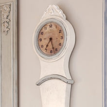 Mora Wall Clock Antique White - body detail