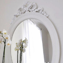 Gustavian Oval Mirror - detail